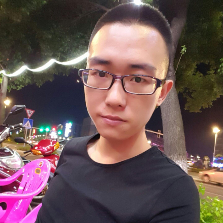 郭正龙的简历照片