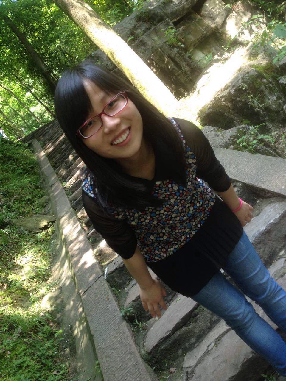 李娟的简历照片