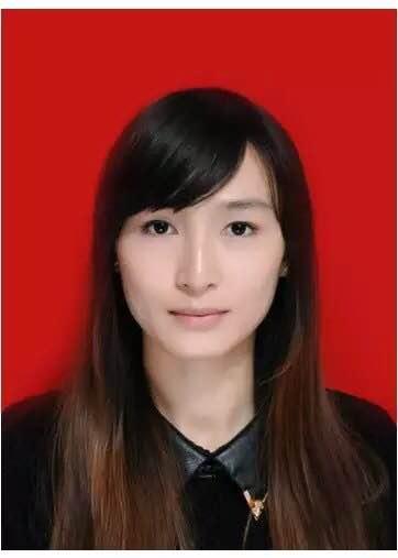 张佳惠的简历照片