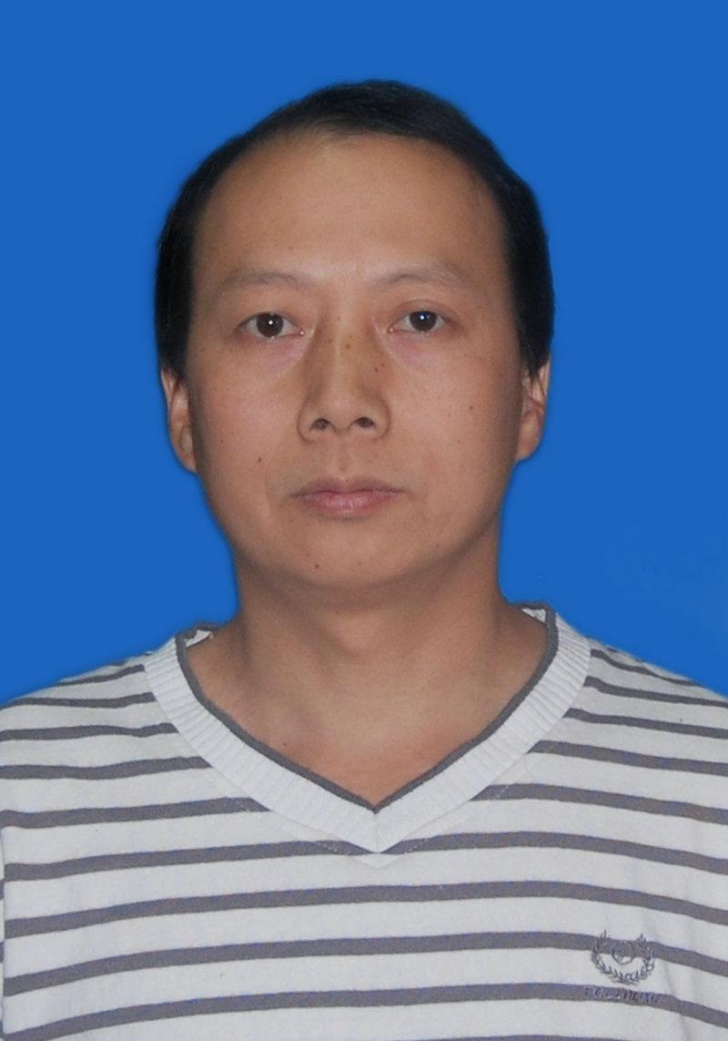 罗杨辉的简历照片