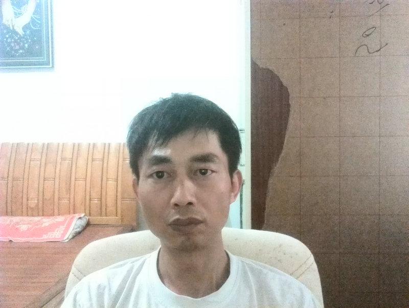 劉向群的簡歷照片